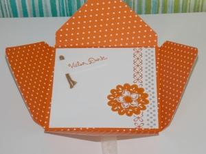 Umschlag Orange Innen