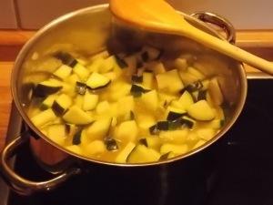 Zucchinisuppe 3