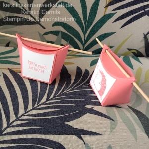 Kleine Schachteln geplottet mit der Silhouette Cameo 2. Papier und Stempel der Firma Stampin Up. Die Vorlage stammt aus dem Buch: Mein Silhouette Hobbyplotter von TOPP