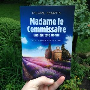 Cover: Madame le Commissaire und die tote Nonne von Pierre Martin