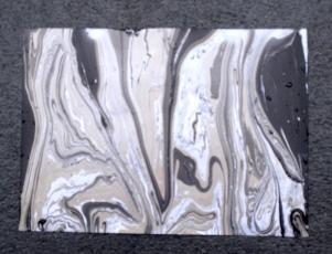 Marmorieren: Grautöne