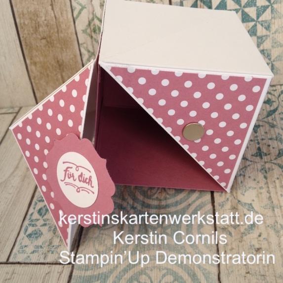 Box mit Flügeln 7 x 7 cm in rosa für dich offen