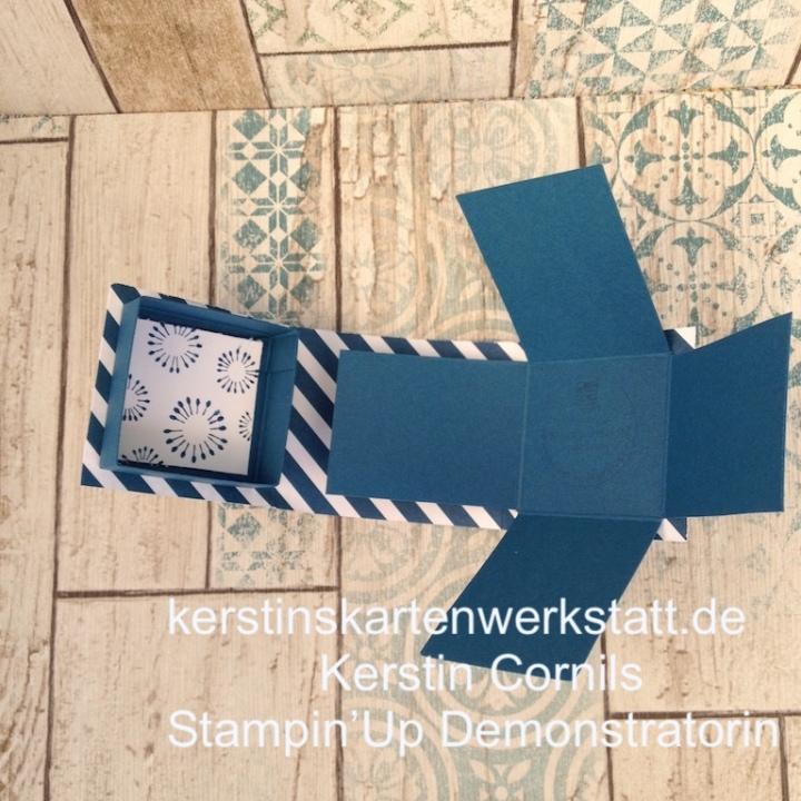 Buchbox Mini in blau offen