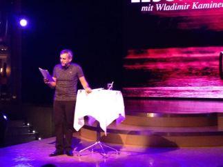 Wladimir Kaminer bei seiner Lesung auf der Aida Diva 2017
