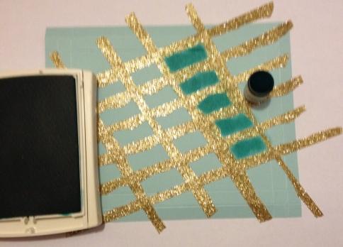 Raster Screen Technik mit SU Papier Aquamarin und Washi Tape