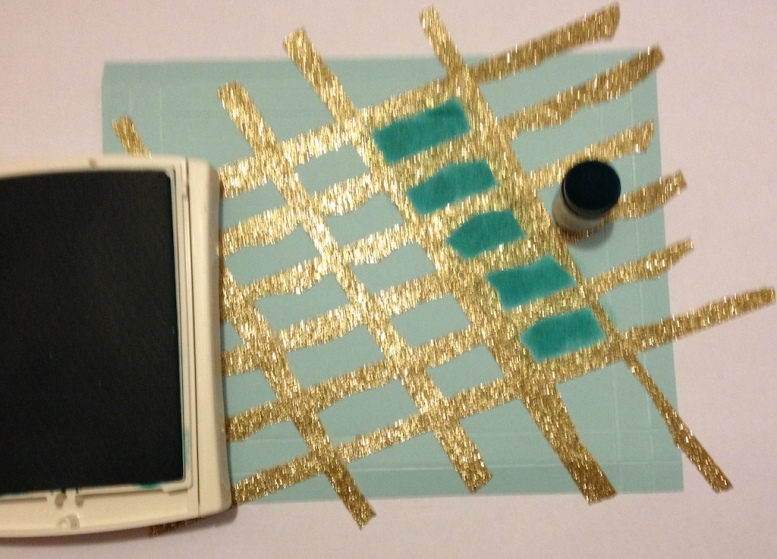 Raster Screen Technik mit SU Papier Aquamarin und Washi Tape
