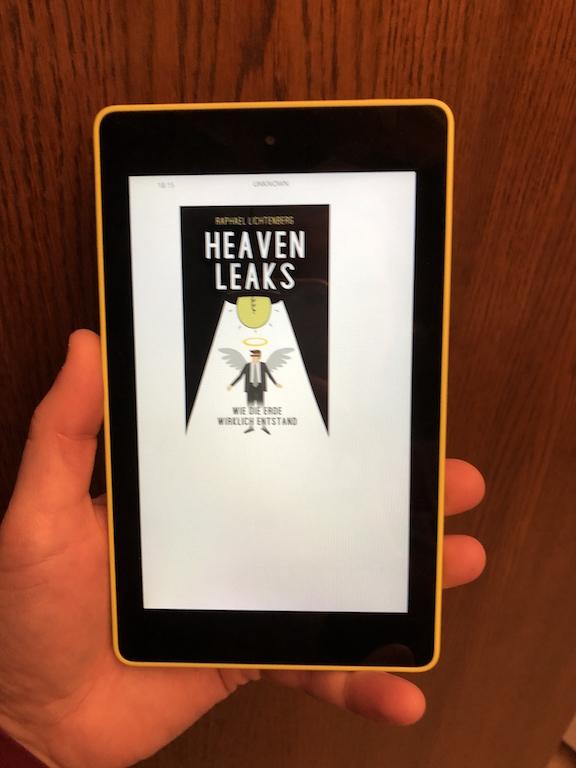 Ebook Cover: Heaven Leaks- Wie die Erde wirklich entstand! von Raphael Lichtenberg