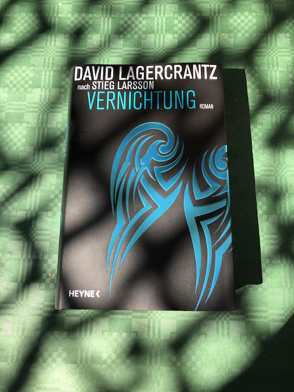Vernichtung von David Lagercrantz Buch