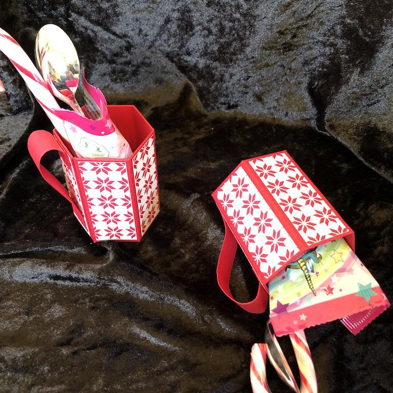 Weihnachten: Tassen mitEinhorntrunk