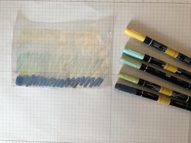 Bilder zur Anleitung der Stempeltechnik mit Rubbelkrepp bzw. Masking Marker