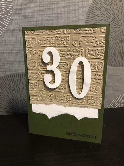 Geburtstagskarte zum 30. in Grün mit Mauer