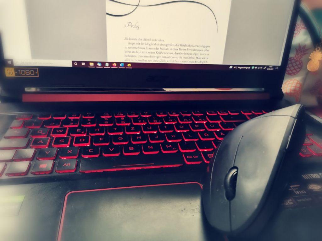 Laptop von der Autorin Bellisae